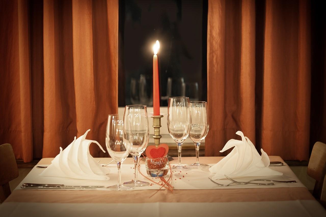 Las mejores cenas rom nticas caseras para sorprender a tu - Cenas sencillas para sorprender ...